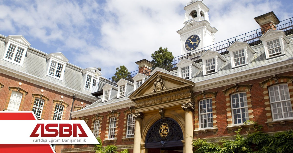 Bell English - Wellington College – Berkshire